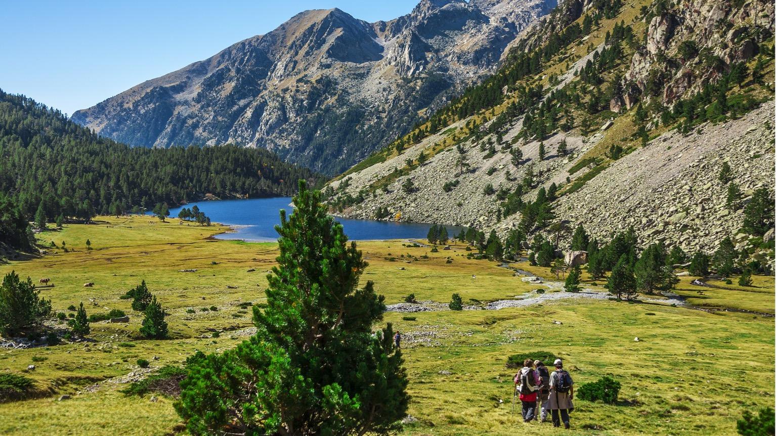 Pla estratègic del producte turístic de senderisme de Catalunya - Tourislab